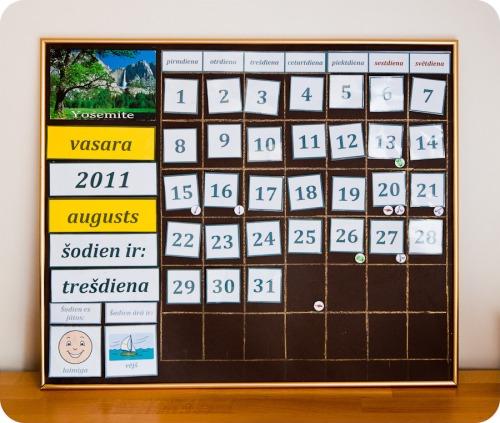 Kalendars-01